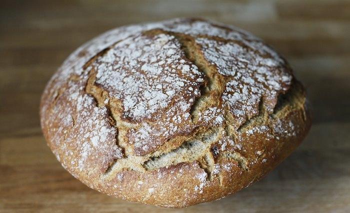 יתרונות בריאותיים של כוסמין: לחם