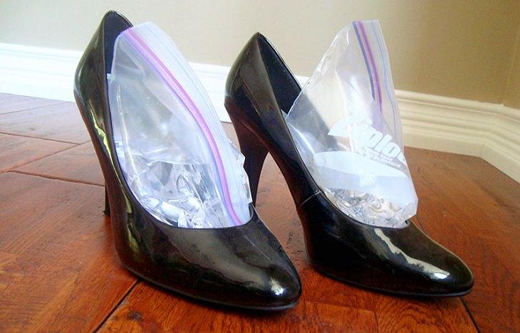 טריקים לנעליים