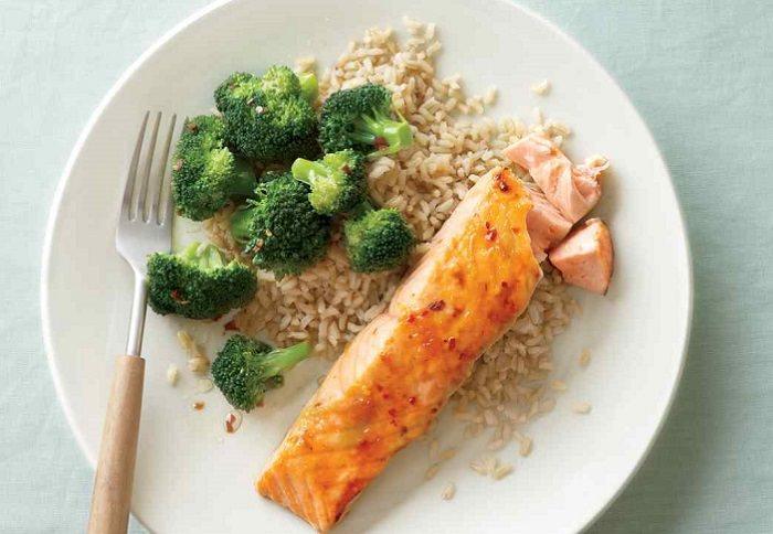 יתרונות הבריאותיים של דג סלמון