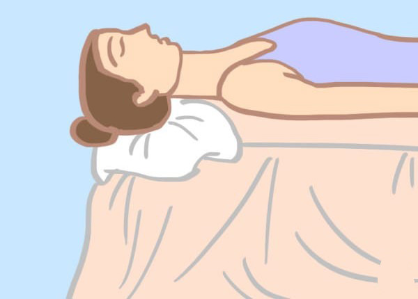 שינה עם כרית