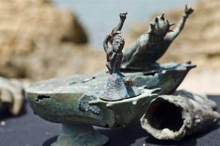 עתיקות מנמל קיסריה