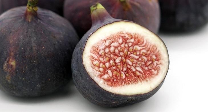 טיפים לבחירת פירות וירקות טריים: תאנים