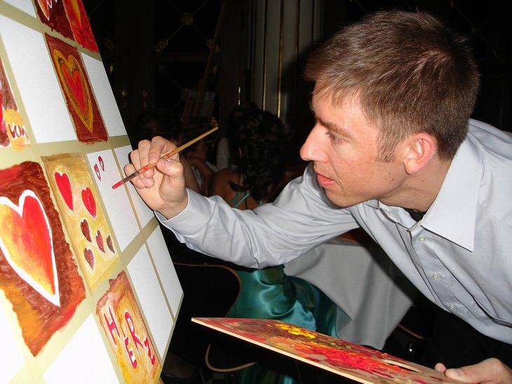 מדריך לצייר המתחיל: איש מצייר לבבות
