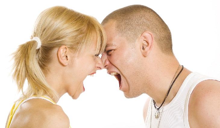 שאלות שאסור לשאול את בני הזוג