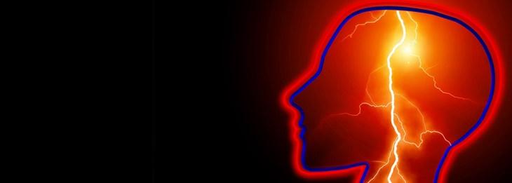 איור של ראש ובתוכו ברקים