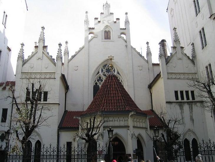 בית כנסת ברובע היהודי בפראג