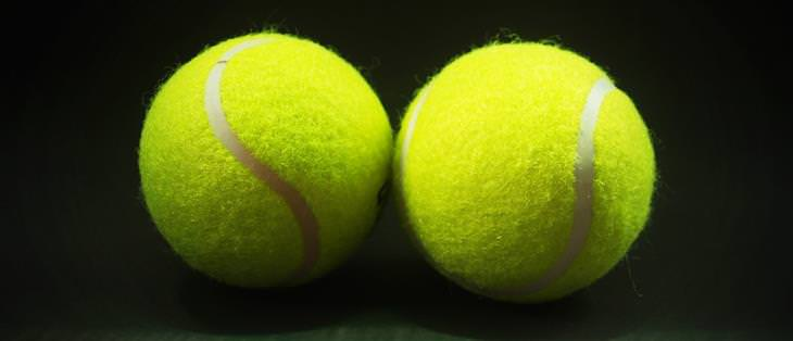 חידות: זוג כדורי טניס