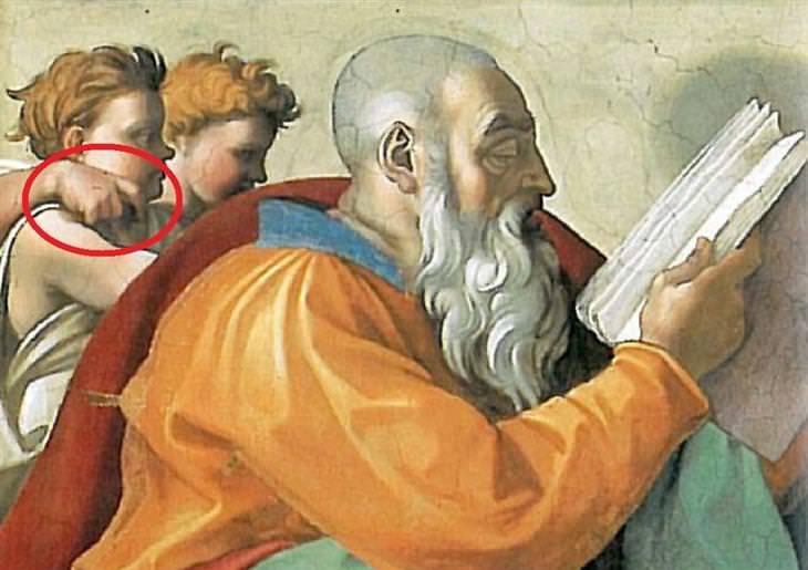 הסודות מאחוריי הציורים הנודעים בעולם: מלאך עושה תנועה מגונה לעבר דמות בציור של הקפלה הסיסטנית