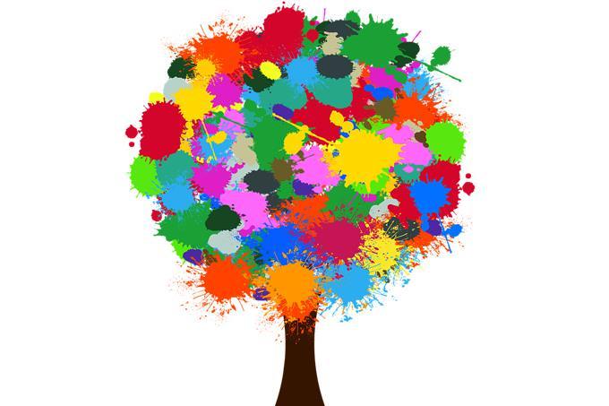 עץ עם כתמי צבע במקום עלים