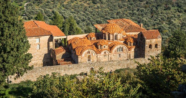 עיר הכנסיות מיסטראס