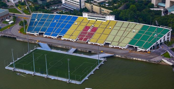 האיצטדיונים היפים בעולם: האיצטדיון הצף במפרץ המרינה ממבט עילי