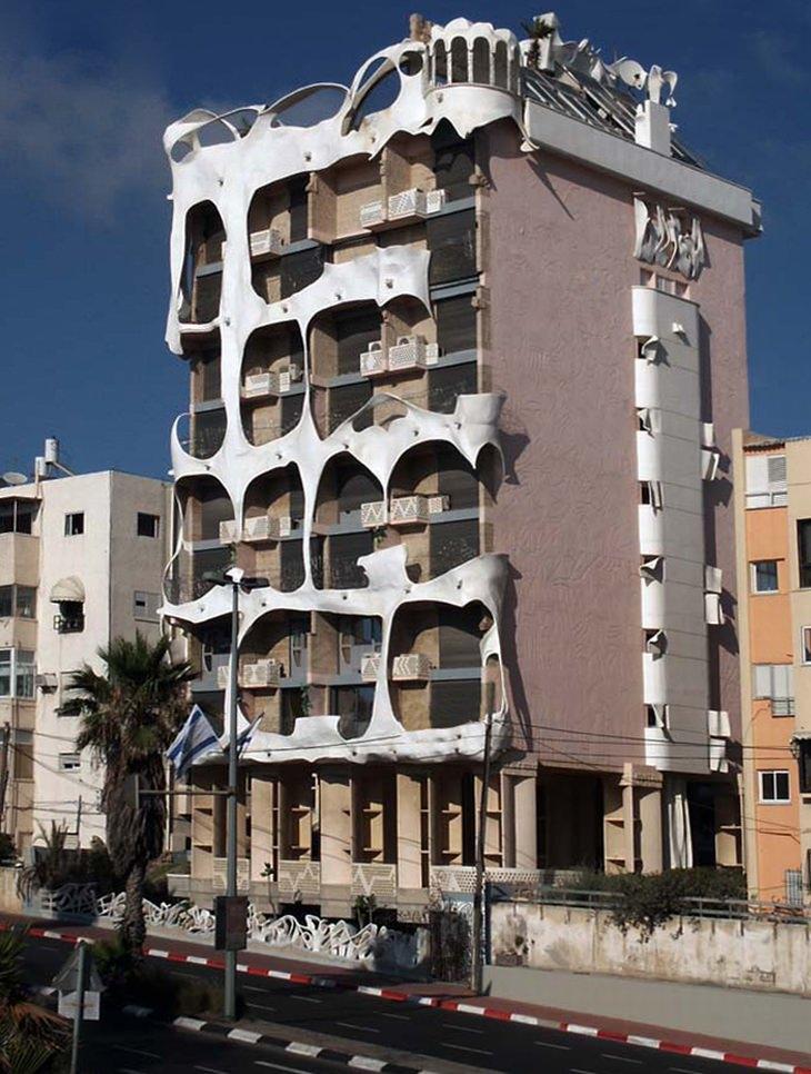מבנים מיוחדים בישראל: הבית המשוגע