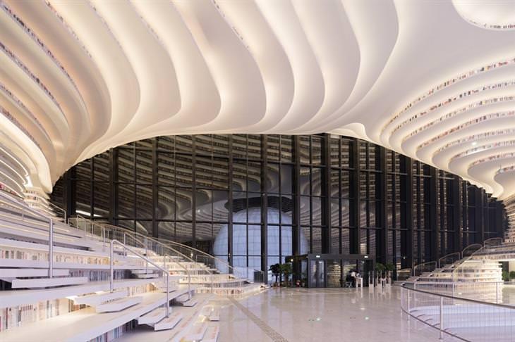 הספריה העתידנית בטייג'ין: החלל הפנימי של הספרייה