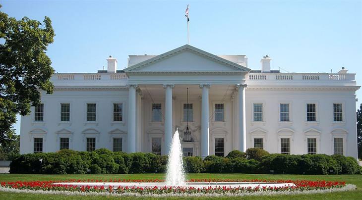 חידות: הבית הלבן