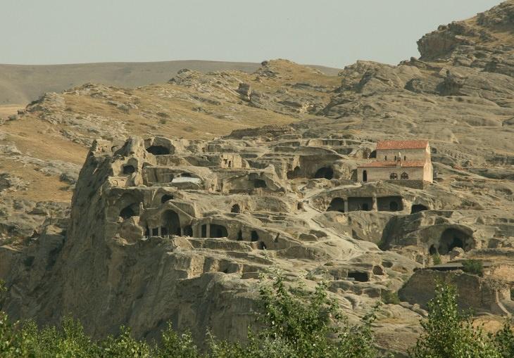 מסלול טיול בגאורגיה: העיר העתיקה אופליסציחה