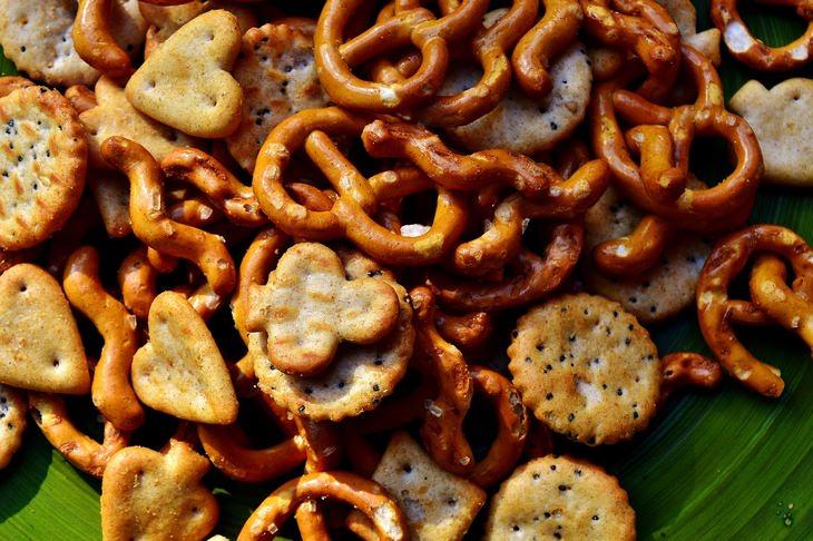 מחקר על ההשפעה של מזון חריף על חשק למלוח ומתוק: בייגלה וקרקרים מלוחים