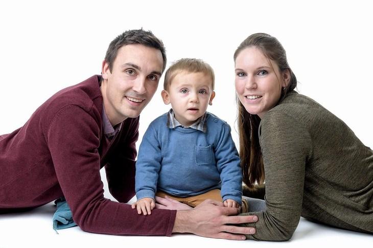 הבטחות לשנה הקרובה: אבא אימא וילד קטן