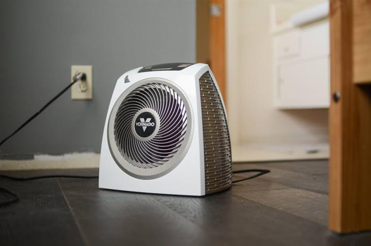 אזהרות בנוגע לתנורי חימום: מפזר חום