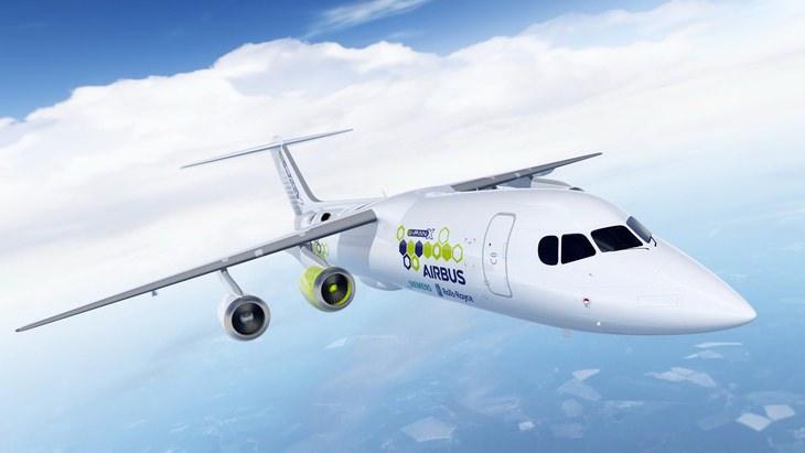 מטוס הנוסעים ההיברידי הראשון E-Fan X: מטוס ה-E-Fan X באוויר