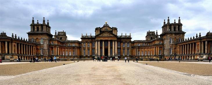 אתרי מורשת עולמית באנגליה: חלקו הקדמי של ארמון בלנהיים