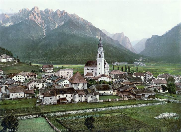הרי האלפים של טירול בשנת 1890