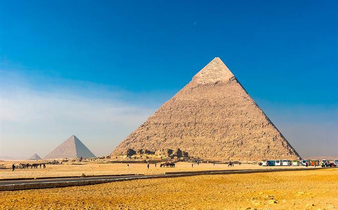 הפירמידות במצרים
