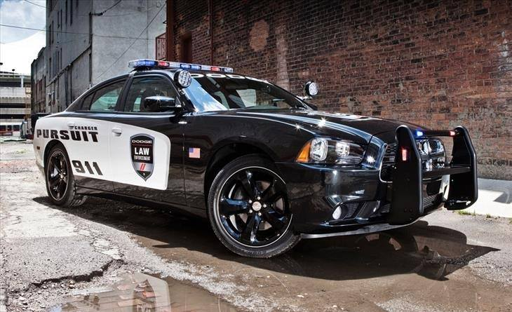 דודג' Charger Police Interceptor