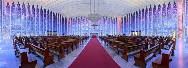 כנסיית דון בוסקו מבפנים