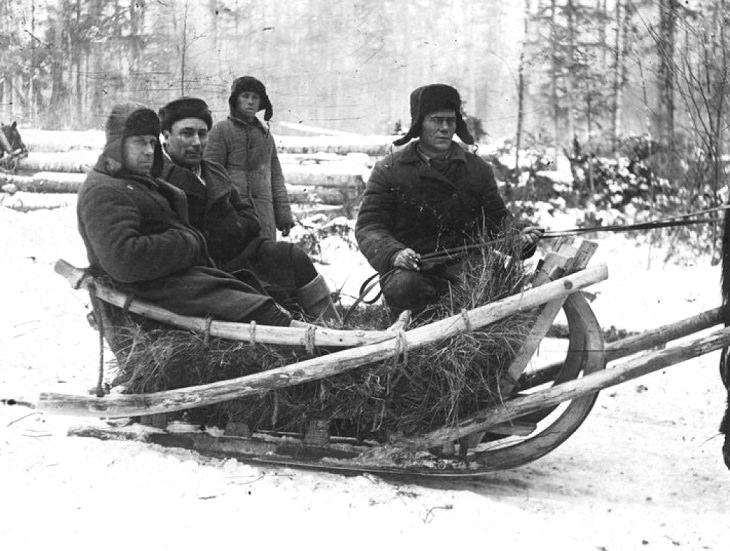 פועלים במחנות העבודה (גולאגים) בצפונה של ברית המועצות