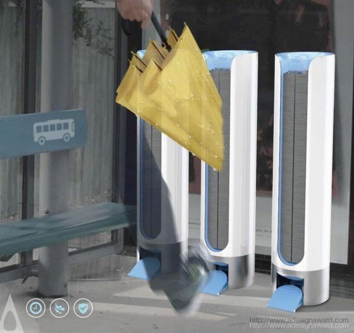 מייבש מטריות בתחנת אוטובוס