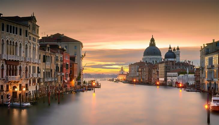 מסלול טיול באיטליה: ונציה בשקיעה