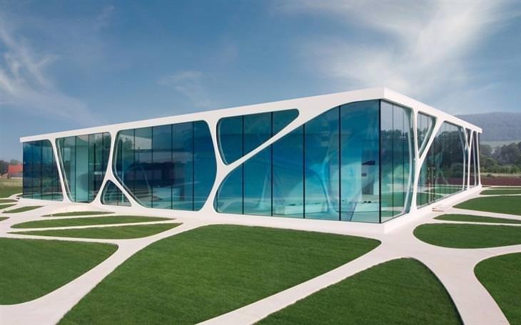 קוביית הזכוכית של לאונרדו, גרמניה
