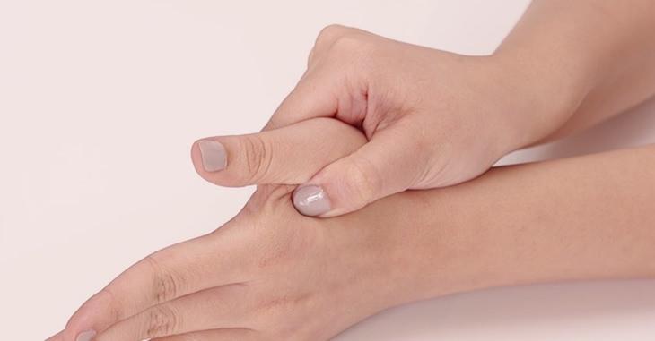 קודות לחיצה לטיפול בכאבי גב: נקודת לחיצה LI 4 – מפגש העמקים