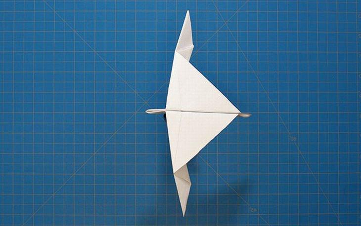 מדריכים ליצירת מטוסי נייר מיוחדים: מטוס שחף