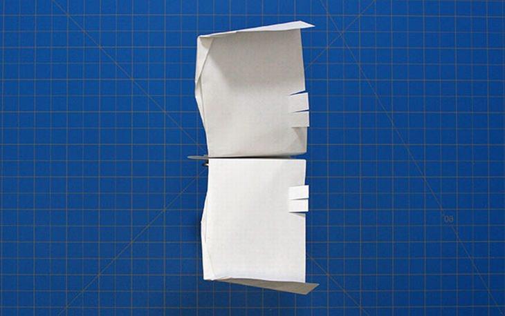 מדריכים ליצירת מטוסי נייר מיוחדים: מטוס רויאל ווינג