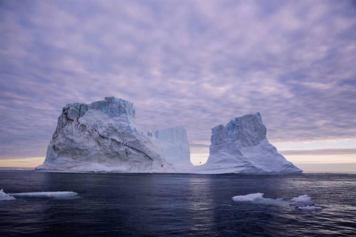 תמונות אקסטרים: שני קרחונים ענקיים