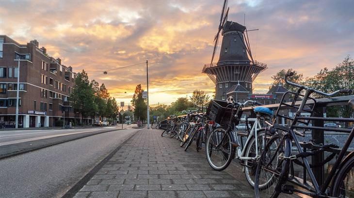 זריחות ברחבי העולם: זריחה באמסטרדם