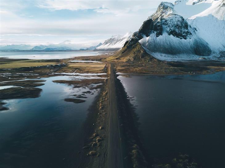תמונות טבע: החופים השחורים באזור Stokksnes באיסלנד