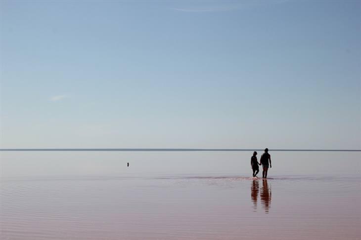 מקומות שאתם לא מכירים בעולם: אגם אלטון