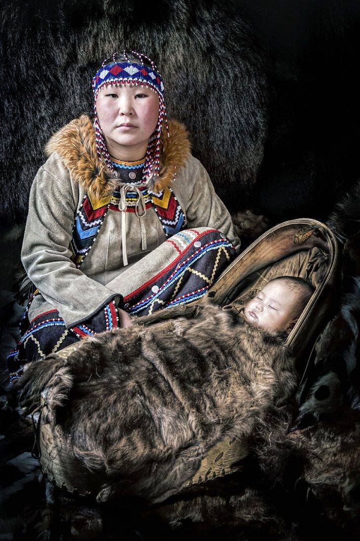 תרבויות מיוחדות בסיביר: אם וילד אוונקים