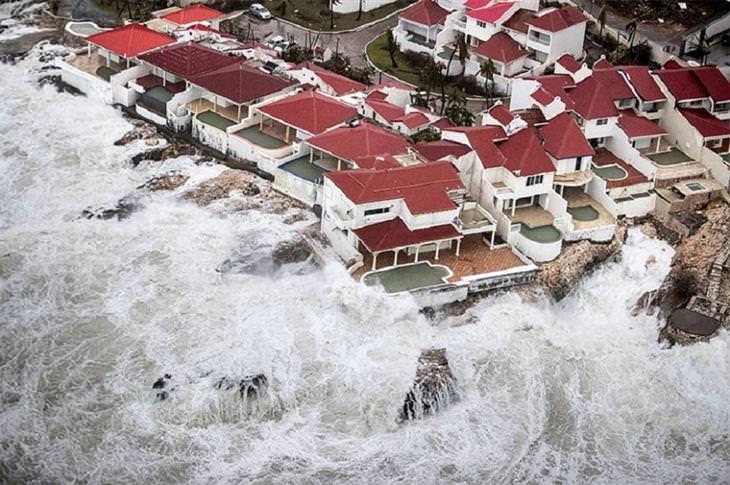 תמונות מנזקי הסופה אירמה