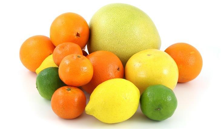 מיתוסים שמאמינים בהם בגלל פרסומות: פירות הדר