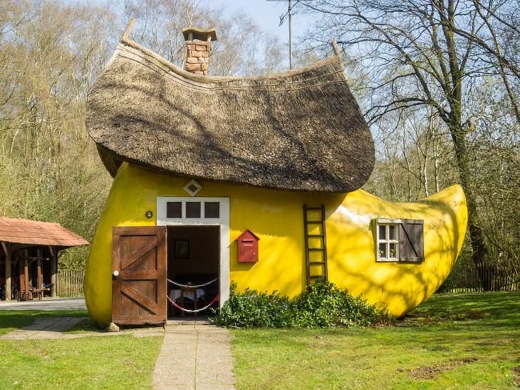 בתים משונים ברחבי העולם: בית בצורת קבקב הולנדי