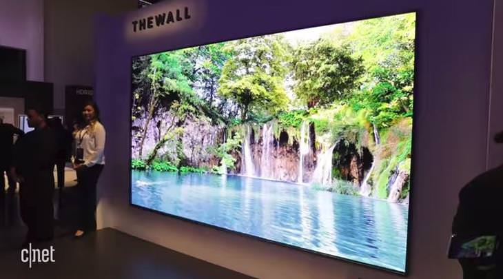 המצאות טכנולוגיות חדשות: Samsung's The Wall 146-inch TV