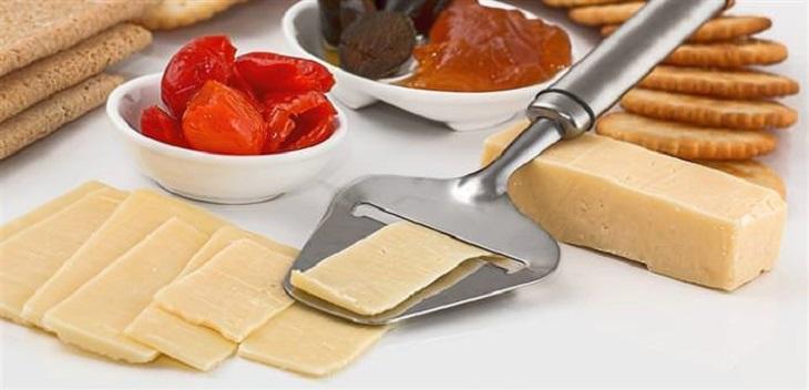ההורמונים שמשפיעים על המשקל: גבינות