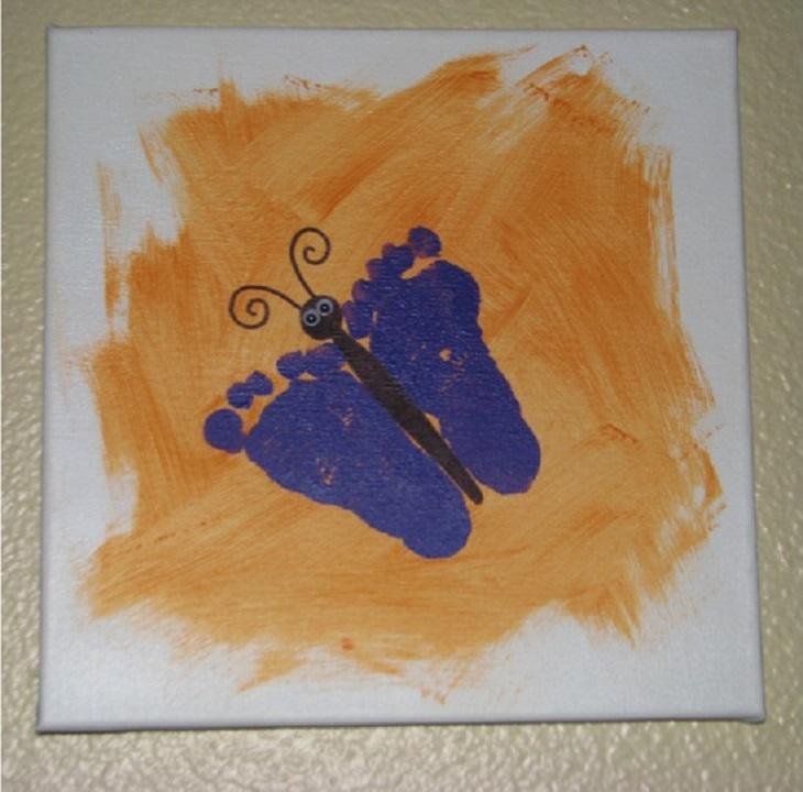 5 יצירות בעבודת יד: פרפר מצויר  עשוי מהטבעת שתי כפות רגליים על קנבס