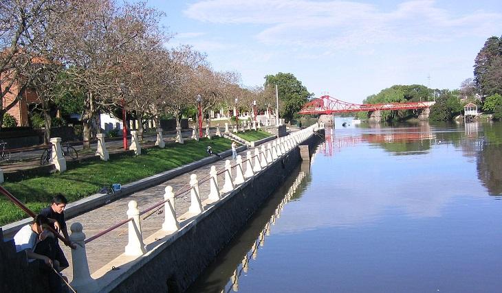 10 המקומות היפים באורוגוואי: נהר בכרמלו