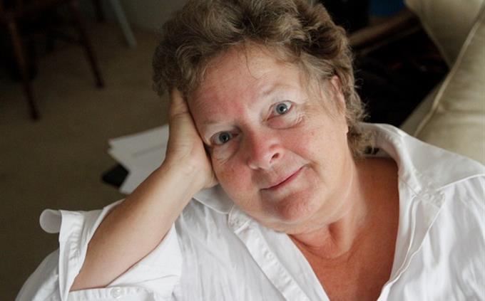 חידון עברית: אישה מבוגרת