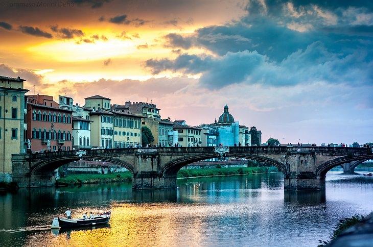 אטרקציות ויעדים בפירנצה: פונטה וקיו