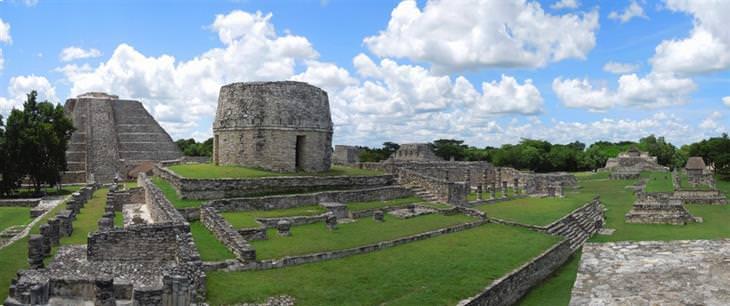 חורבות של תרבות המאיה: מאיה-פאן